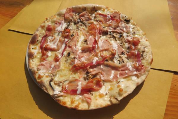 Double cream, ham,cheese, bacon, mushrooms